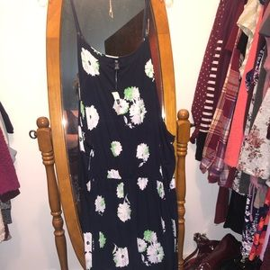 NWT Gap Midi Dress / Floral